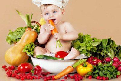 cách xây dựng thực đơn cho bé 10 tháng tuổi biếng ăn